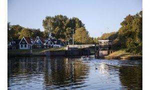 brugwachtershuisje in amsterdam